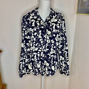Old Navy Button Down Shirt in Blue & White Floral
